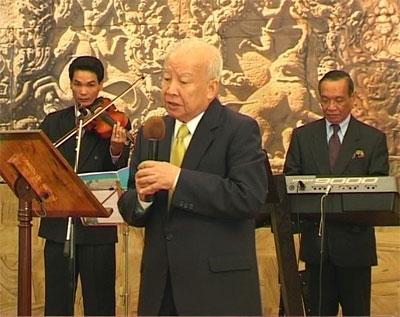 https://norodomsihanouk.info/All/singing/Image/Cherie.jpg